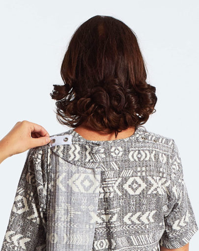 chandail-adapte-a-motifs-azteques-col-carre-FB04664-839-back