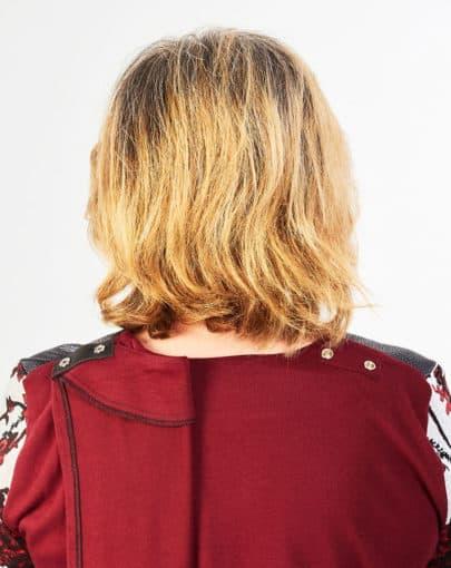 chandail-adapte-avec-motifs-floraux-FB72698-905-Back