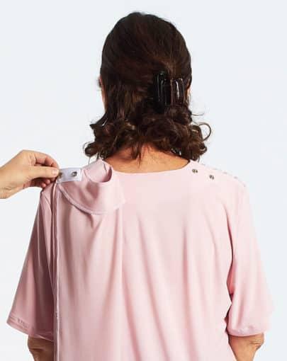 chandail-adapte-uni-a-manches-courtes-empiecement-en-dentelle-FB72698-824-Back