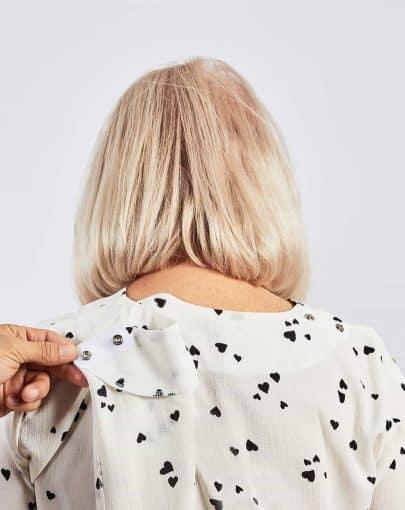 blouse-adapte-ete-2018-fb82721-915-noir-et-blanc-dos-ouvert