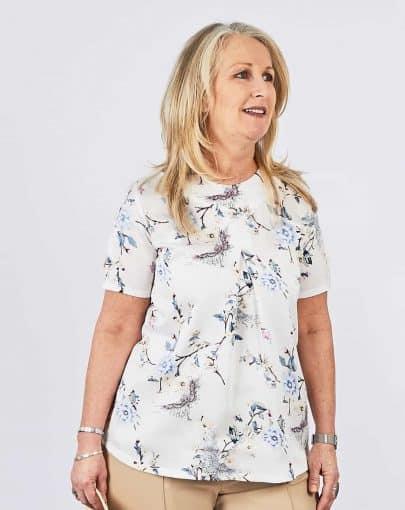 blouse-adaptee-plis-devant-ete-2018-fb82721-923-blanc
