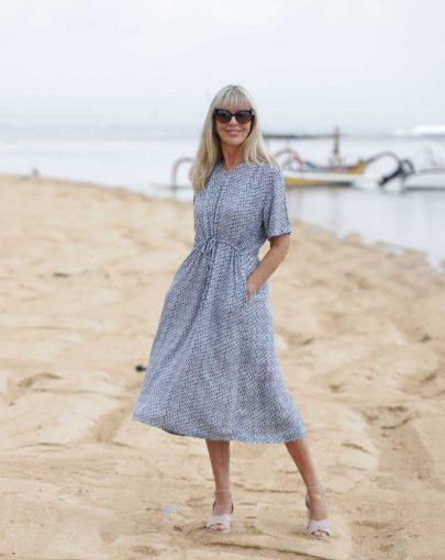 robe-adaptee-Emma-ete-2019-FR92026-112-bleu-et-blanc-outdoor