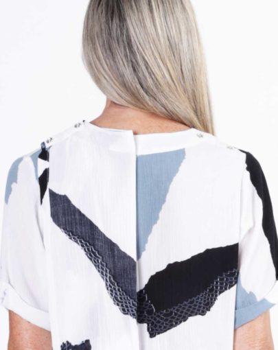 blouse-adaptee-Léna-ete-2019-FB92739-103-blanc-noir-gris-dos